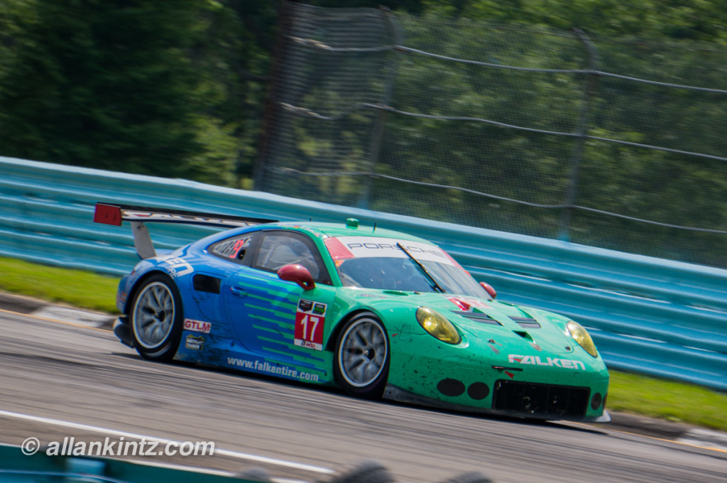 Love the Falken Porsche color combo...